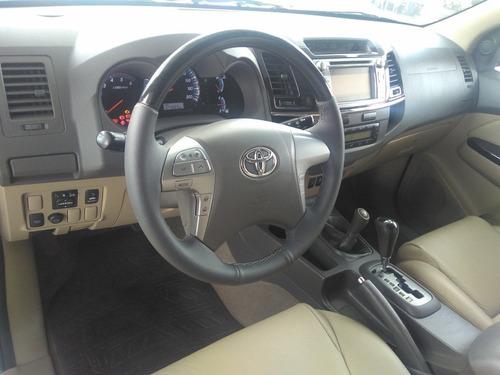 toyota hilux 3.0 srv cab. dupla 4x4 aut. 4p 171hp 2012