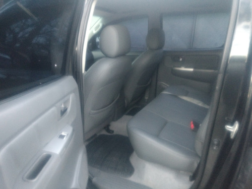 toyota hilux 3.0 srv top cab. dupla 4x4 aut. 4p 2013
