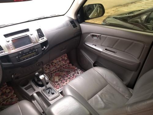 toyota hilux 3.0 srv top cab. dupla 4x4 aut. 4p 2014