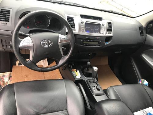toyota hilux 3.0 srv top cab. dupla 4x4 aut. 4p 2015