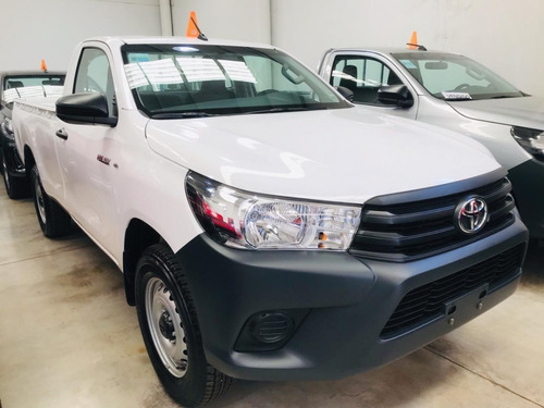toyota hilux 4x2 cs dx 2.4 tdi 6mt