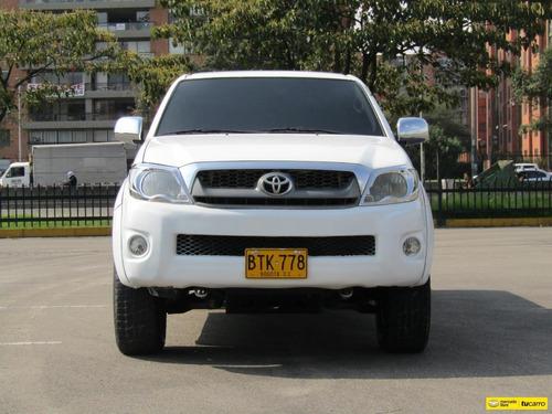 toyota hilux 4x4 2006 2.7 mt