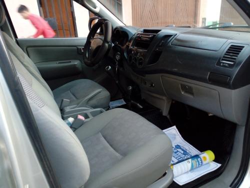 toyota hilux 4x4 turbo diesel plateado 2010