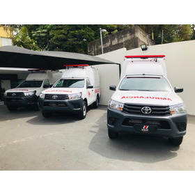 Toyota Hilux Ambulancia  Simples Chasis 4x4 2p