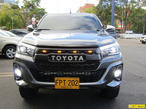 toyota hilux at 2800