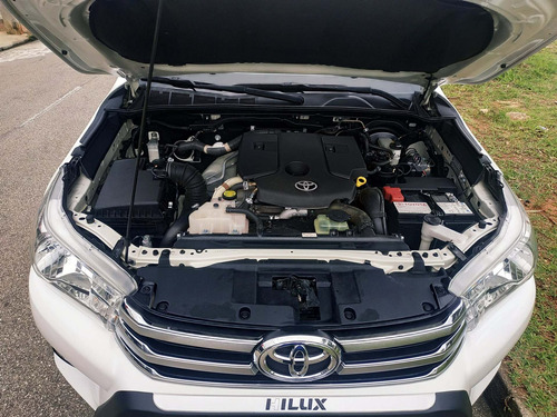 toyota hilux cd 2.8 srv 4x4 diesel automático