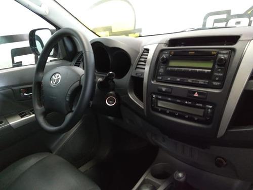 toyota hilux cd srv d4-d 4x4 3.0 tdi diesel aut 2010