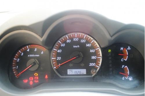 toyota hilux cd srv d4-d 4x4 3.0 tdi diesel aut 2012