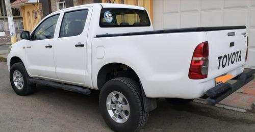 toyota hilux dc 4x4 dc diesel