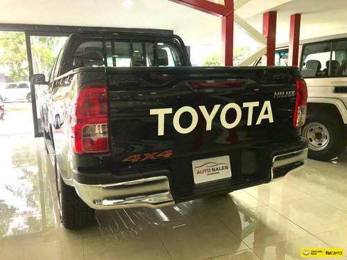 toyota hilux diesel 4x4 2021