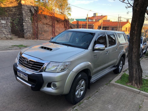toyota hilux diesel automatica 4x4 con cúpula impecable!!!