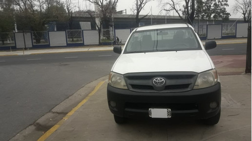 toyota hilux dx 2.5 4x2 cabina simple