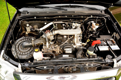 toyota hilux dx 2.5 turbo disel