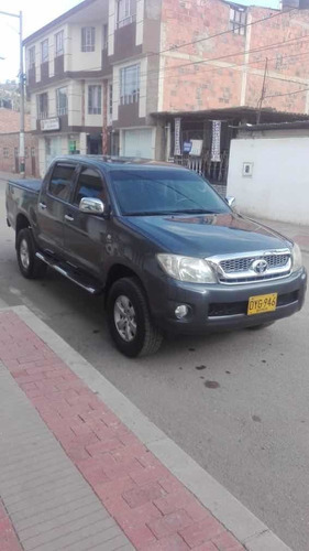 toyota hilux full equipo 4x2