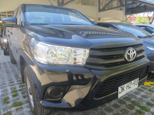 toyota hilux  hilux 2.7 solo 5.900 kms 2017