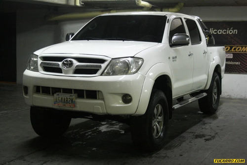 toyota hilux kaval pic up