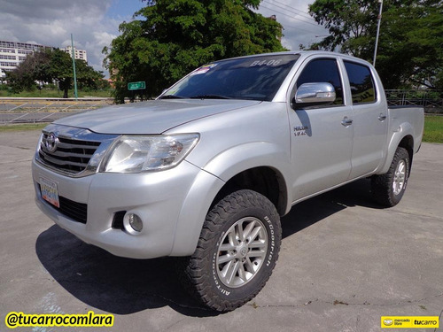 toyota hilux pick-up automático