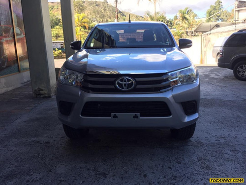 toyota hilux pick-up d/cabina 4x4