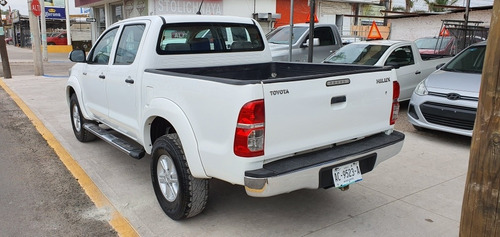 toyota hilux rs