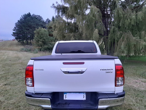 toyota hilux srv 3.0 4x2 diesel año 2016