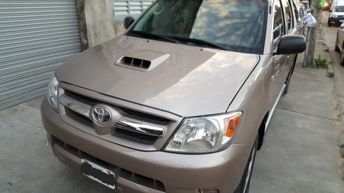 toyota hilux srv 4x2 2009/90.km reales impecable full full!!