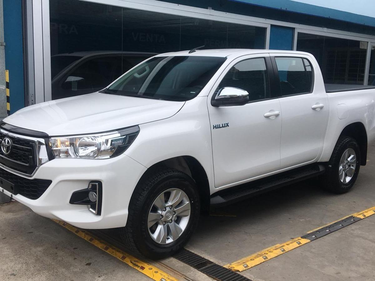 Toyota Hilux Srv 4x2 2 8 Tdi At 1 350 000 En Mercado Libre