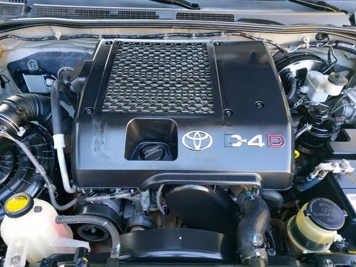 toyota hilux srv diesel 3.0 d4d automática 4x4
