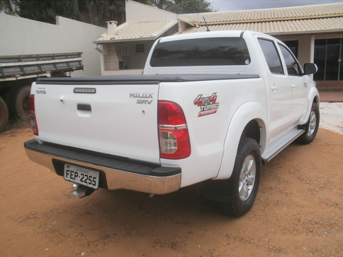 toyota hilux srv diesel 4x4 ano 2013 automatica