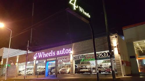 toyota hilux srx at 4x4 0km c /cuero 4wheelsautos