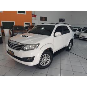 Toyota Hilux Sw4 2014/2014 Branca 7 Lug Die Aut Top Couro