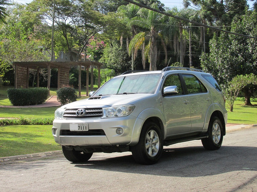 toyota hilux sw4 3.0 srv 4x4 turbo diesel 7 lugares 2009