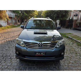 Toyota Hilux Sw4 3.0 Tdi 2012 4x4 Mt Cuero