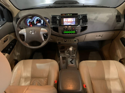 toyota hilux sw4 4x4 sr 2012 automática diesel 77.000km