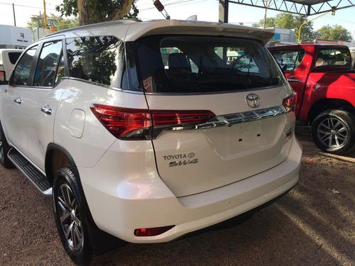 toyota hilux sw4 automatica 7 asientos 2017 disponible