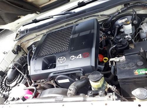 toyota hilux sw4 srv 4x4 7 lugares 3.0 turbo interc..aer1529