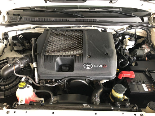toyota hilux sw4 srv 4x4 7 lug.turbointercoler diesel 4p aut