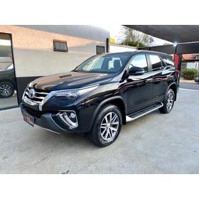 Toyota Hilux Sw4 Srx 4x4 2.8 2017 Impecável