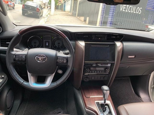 toyota hilux sw4 srx at 7 lugares 2.8l 16v turbo in..byj5757