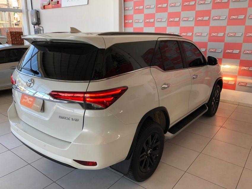 Santa Cruz Toyota >> Toyota Hilux Sw4 V6 2016 Branca Gasolina - R$ 190.000 em Mercado Libre