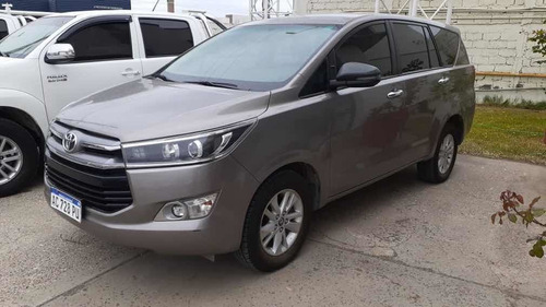 toyota innova 2018 2.7 srv 6at 8a