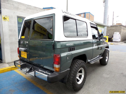 toyota land cruiser mt 4.5 4x4