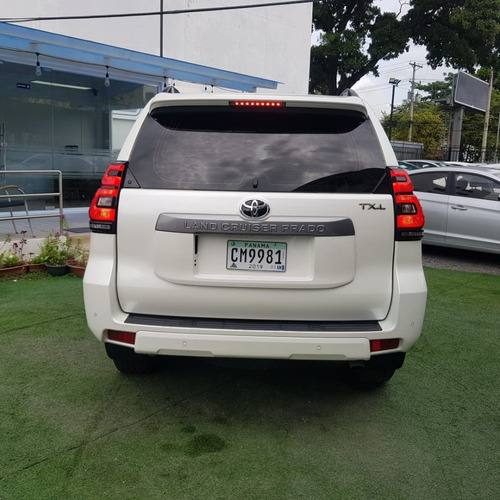 toyota land cruiser prado 2018 $ 36999