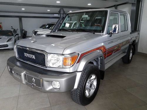toyota land cruiser vdj79l doble cabina