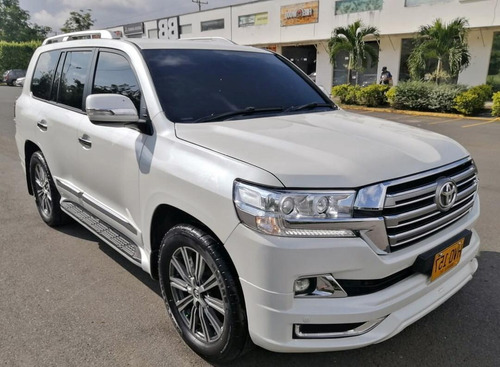 toyota lc200 sahara arabe 2014 diesel blindaje ii plus