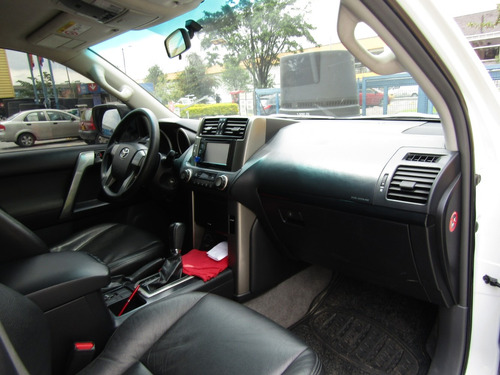 toyota prado tx at 2700