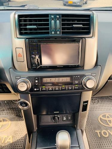toyota prado txl at 4x4 mod 2012 con cara 2020