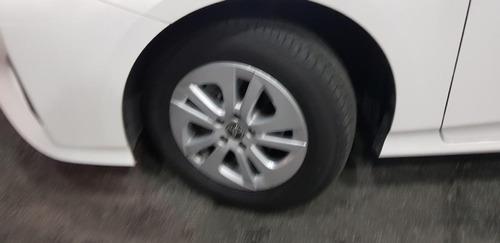 toyota prius aut