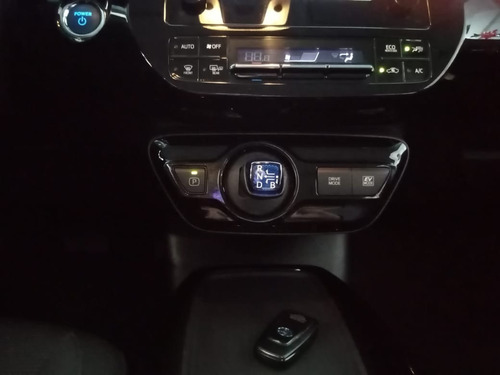 toyota prius base aut 2019