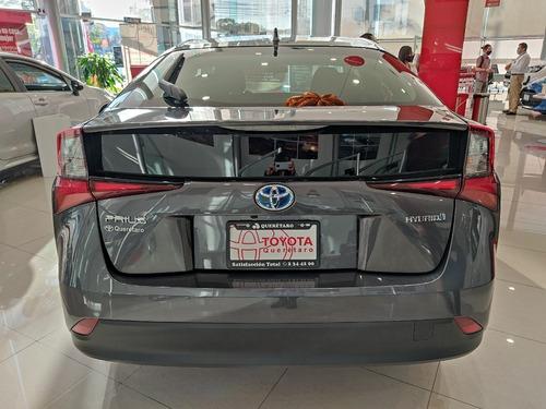 toyota prius base hybrid cvt at 1.8 l 2021