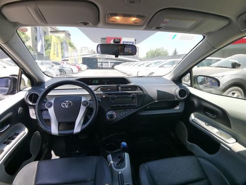 toyota prius  prius c 1.5 aut 2014